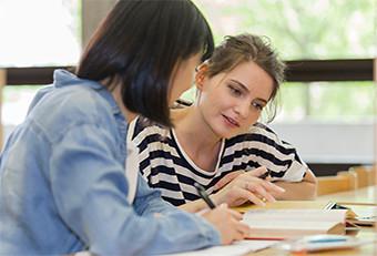 国際ビジネスとグローバル英語プログラム修了